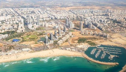 Flygvy över hamnstaden Ashdod i Israel.