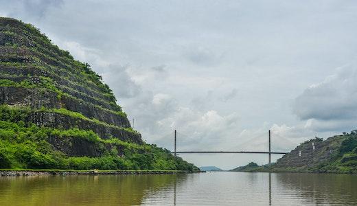Centennial Bridge i Panamakanalen.