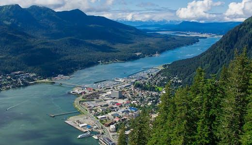 Vy över Juneau i Alaska, från Mount Roberts.