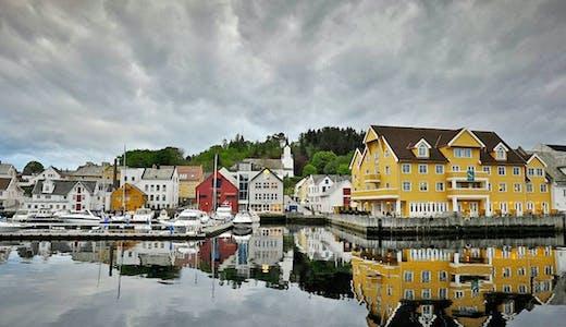 Småbåtshamn i Florø i Norge.