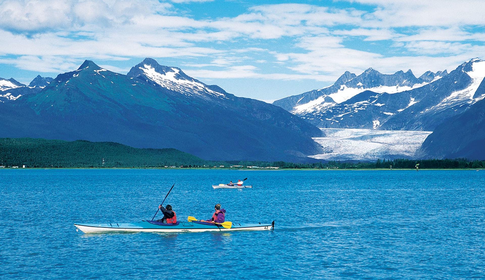 Kajakpaddling i Juneau i Alaska.