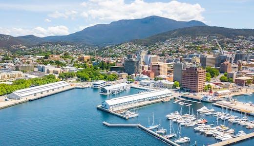 Hamnen i Hobart på Tasmanien, Australien.