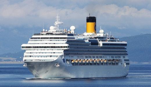 Costa Cruises fartyg Pacifica, ute till havs.