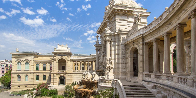Vackra Palais Longchamp i Marseille i Frankrike.