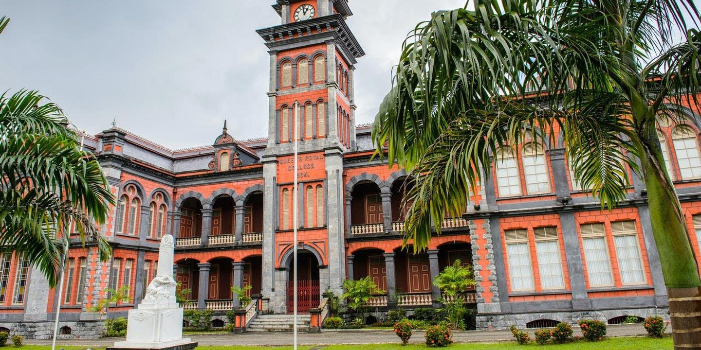 Queen's Royal College i Port of Spain på Trinidad.