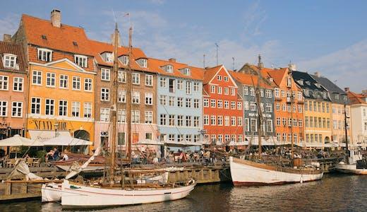 Mysiga Nyhavn i Köpenhamn, Danmark.