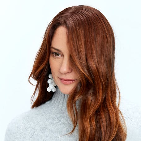 Image of esalon client Sharon with custom light brown copper golden hair color