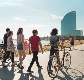 10 Reasons to Fall In Love with Barcelona