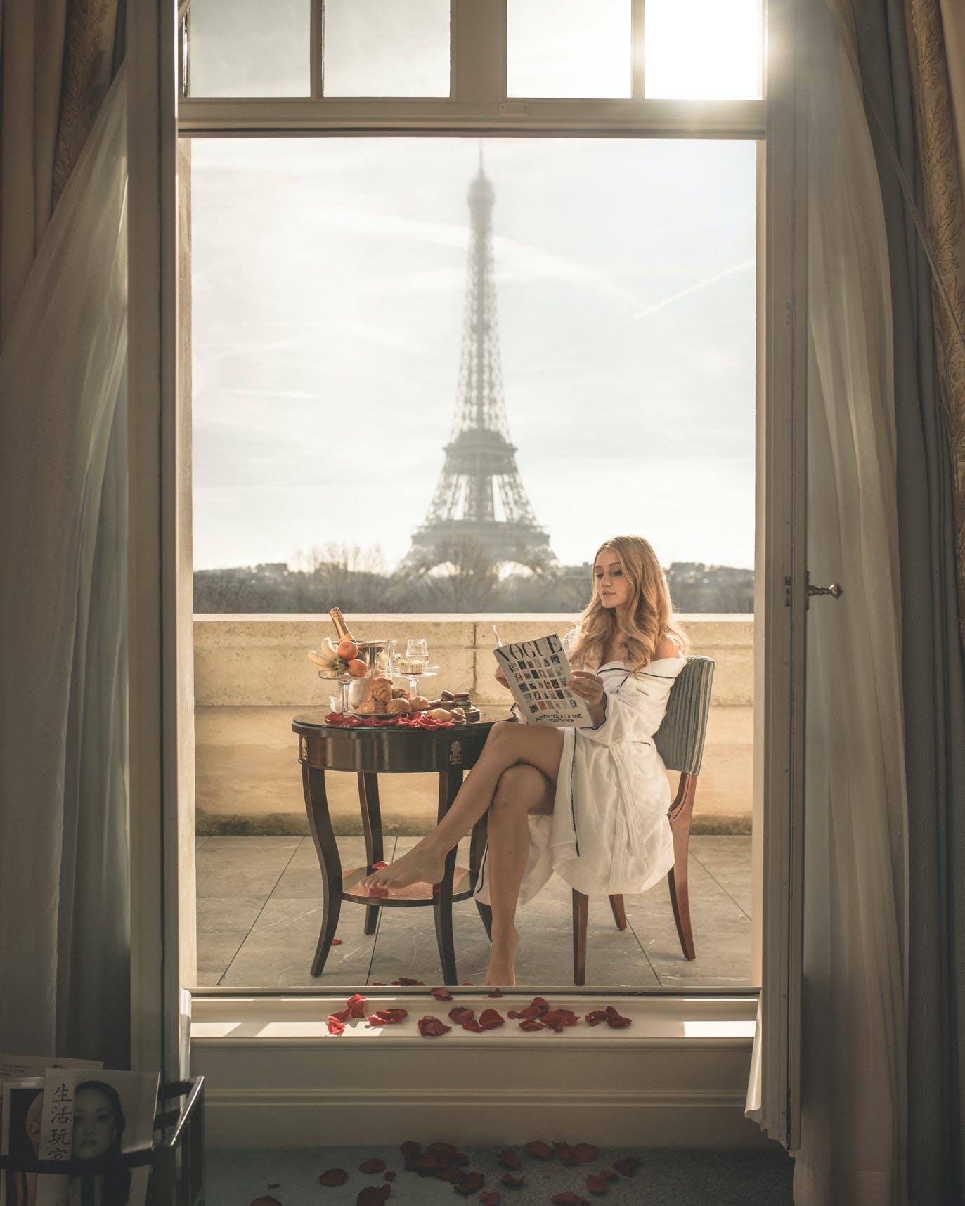 Shangri-La Hotel Eiffel Tower Bedroom view of Eiffel Tower