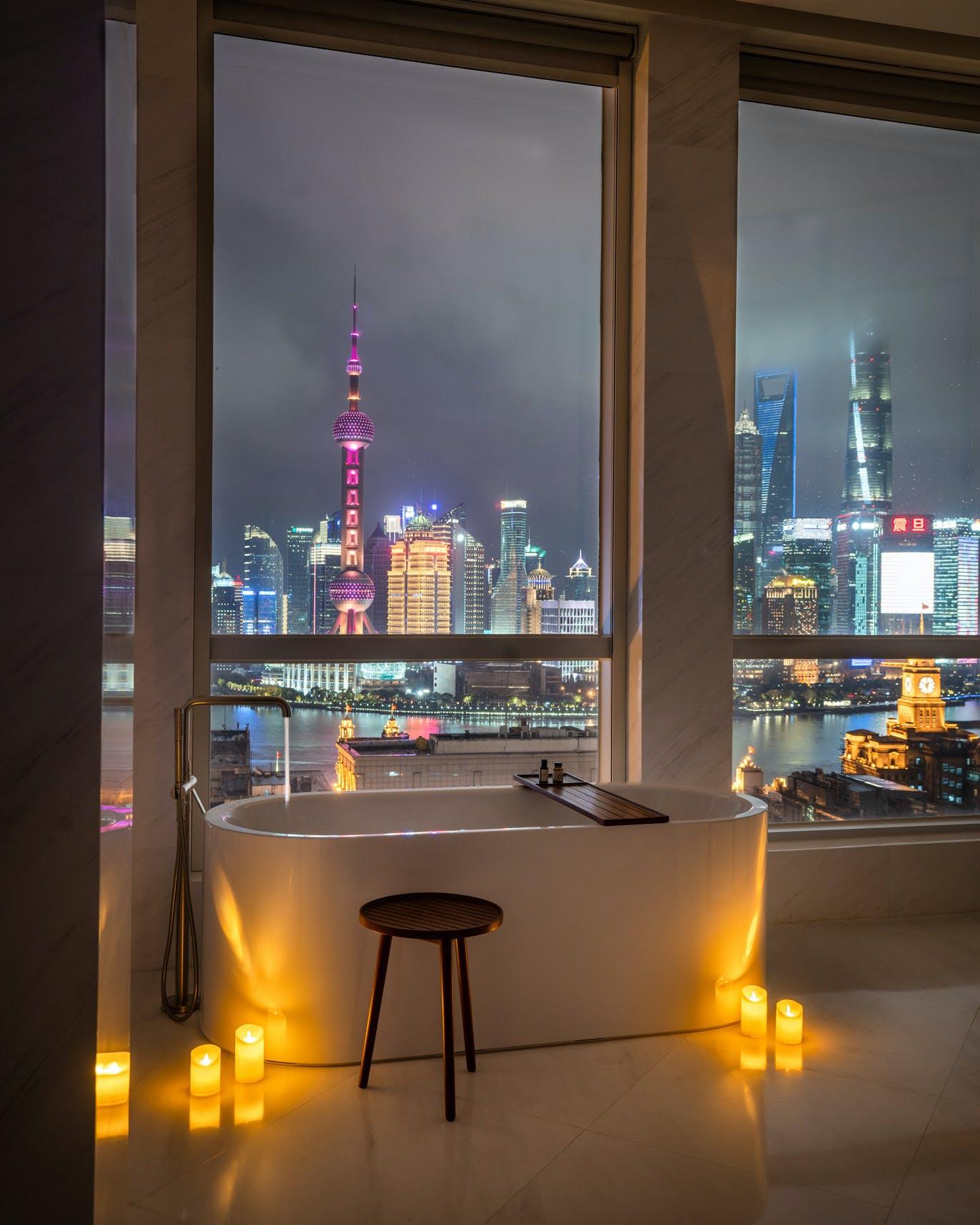 Shanghai EDITION Hotel Penthouse Bathroom & Pudong Skyline