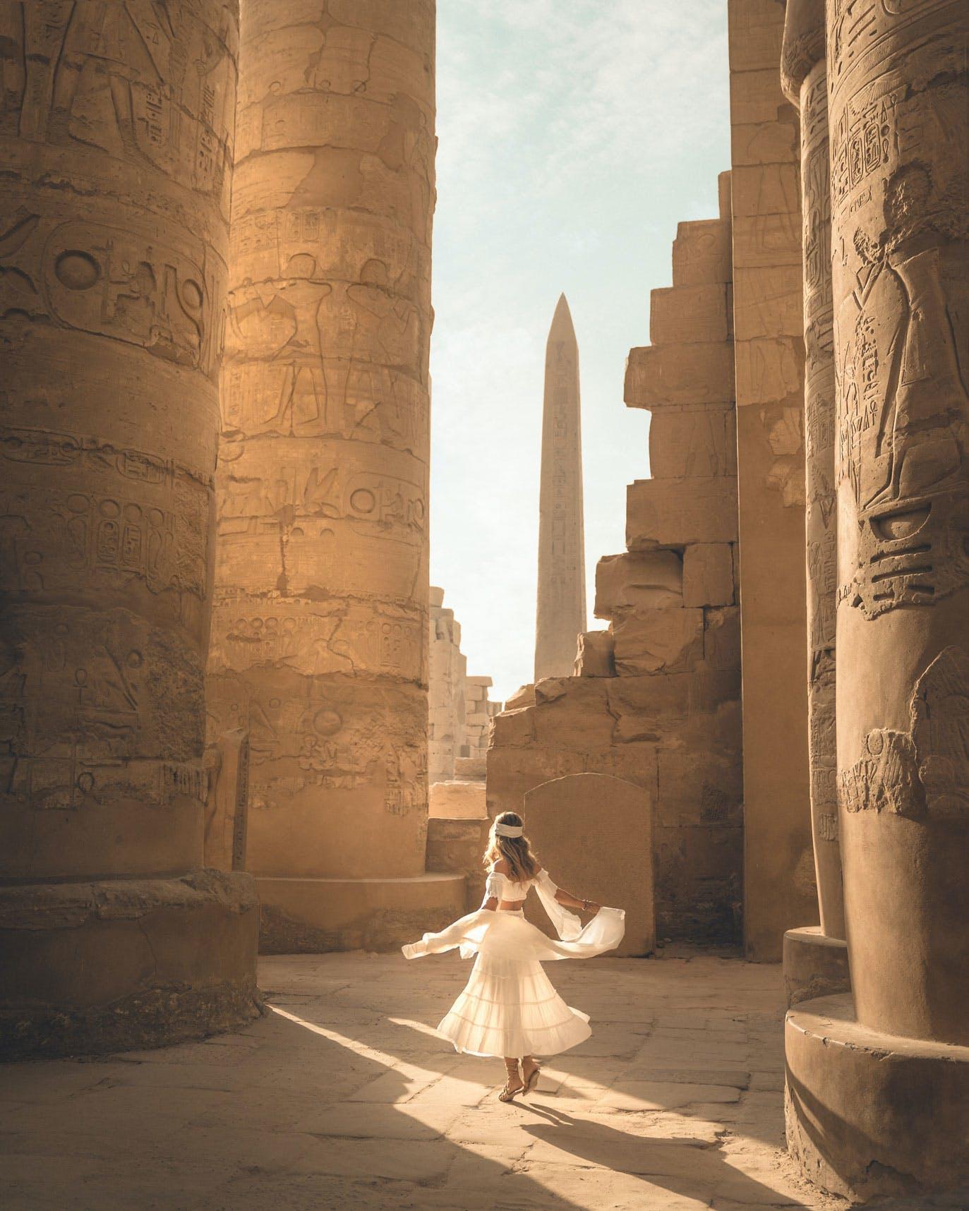 Karnak Temple Hypostyle Hall view of Obelisco de Tutmosis