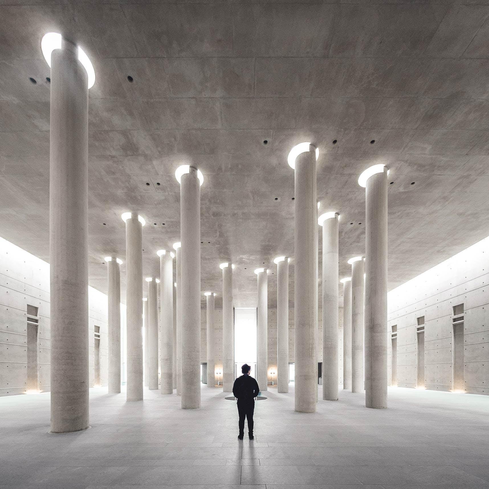 Columns in Krematorium Baumschulenweg Berlin