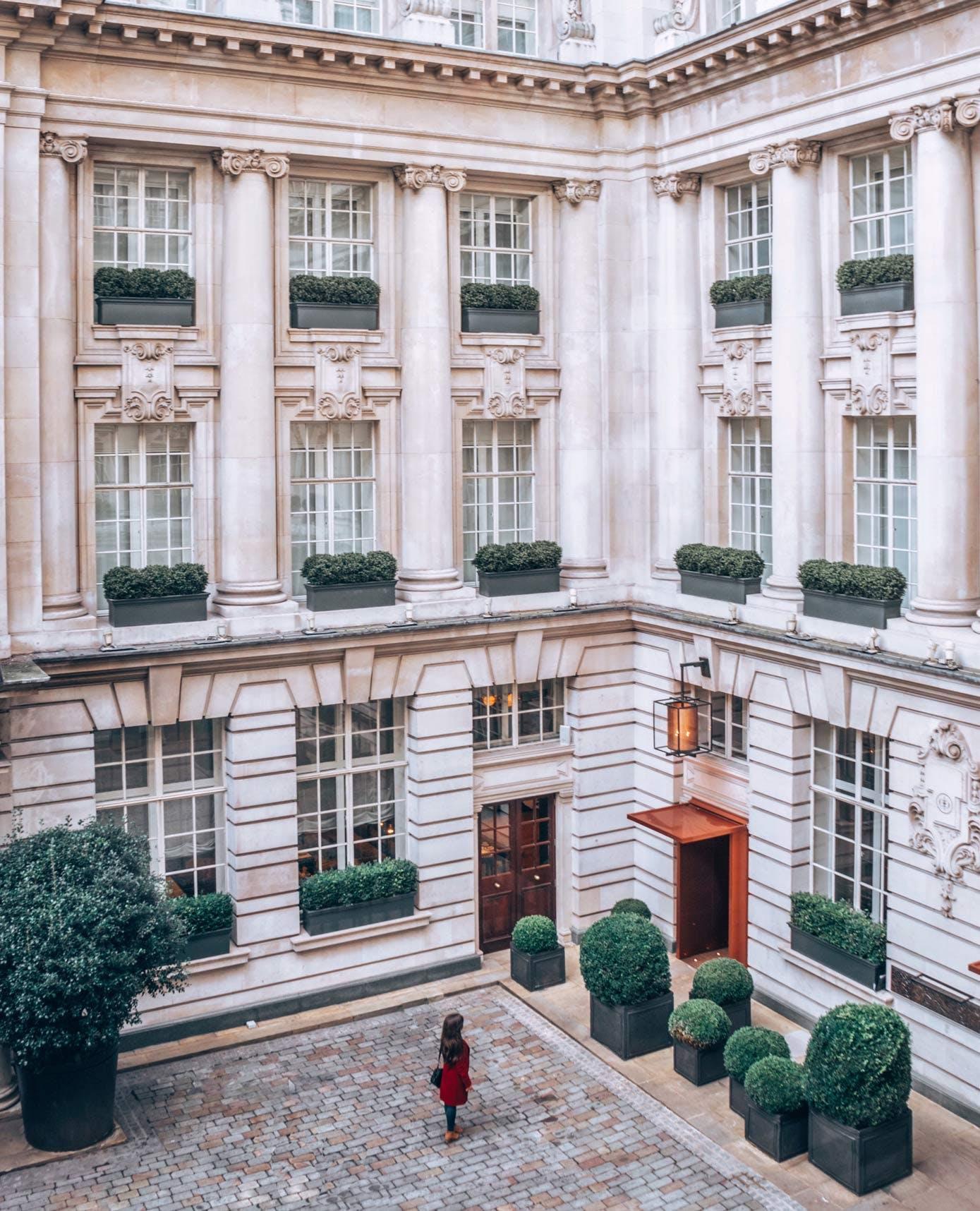 Rosewood London Hotel Courtyard