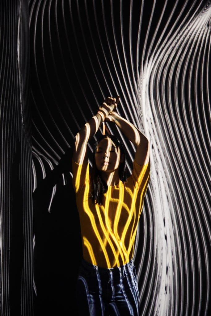 Jen Szeto in Refik Anadol's Infinity Room at the 2017 ''me Convention'' in Frankfurt Germany