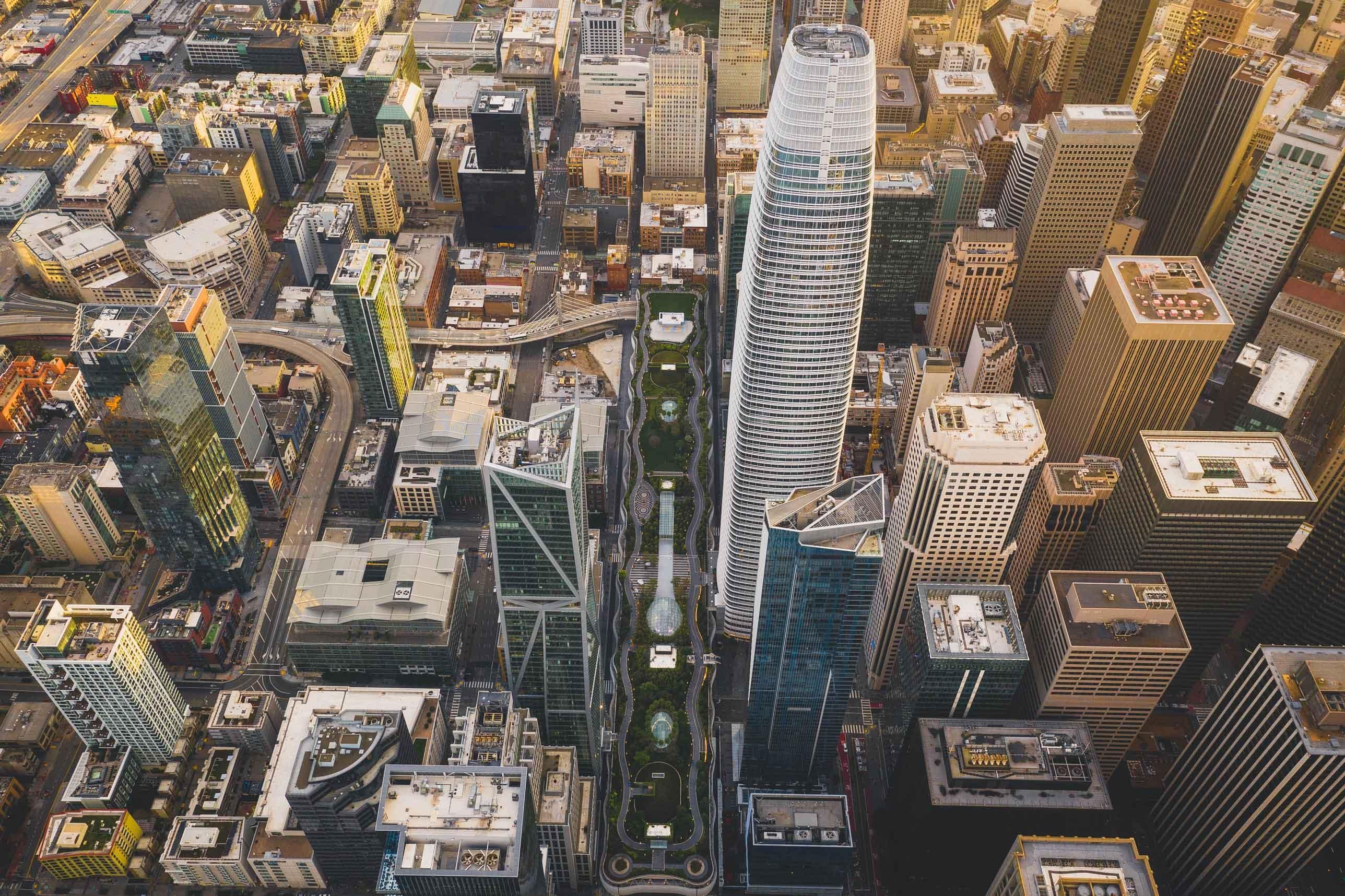 Salesforce Tower & Salesforce Park