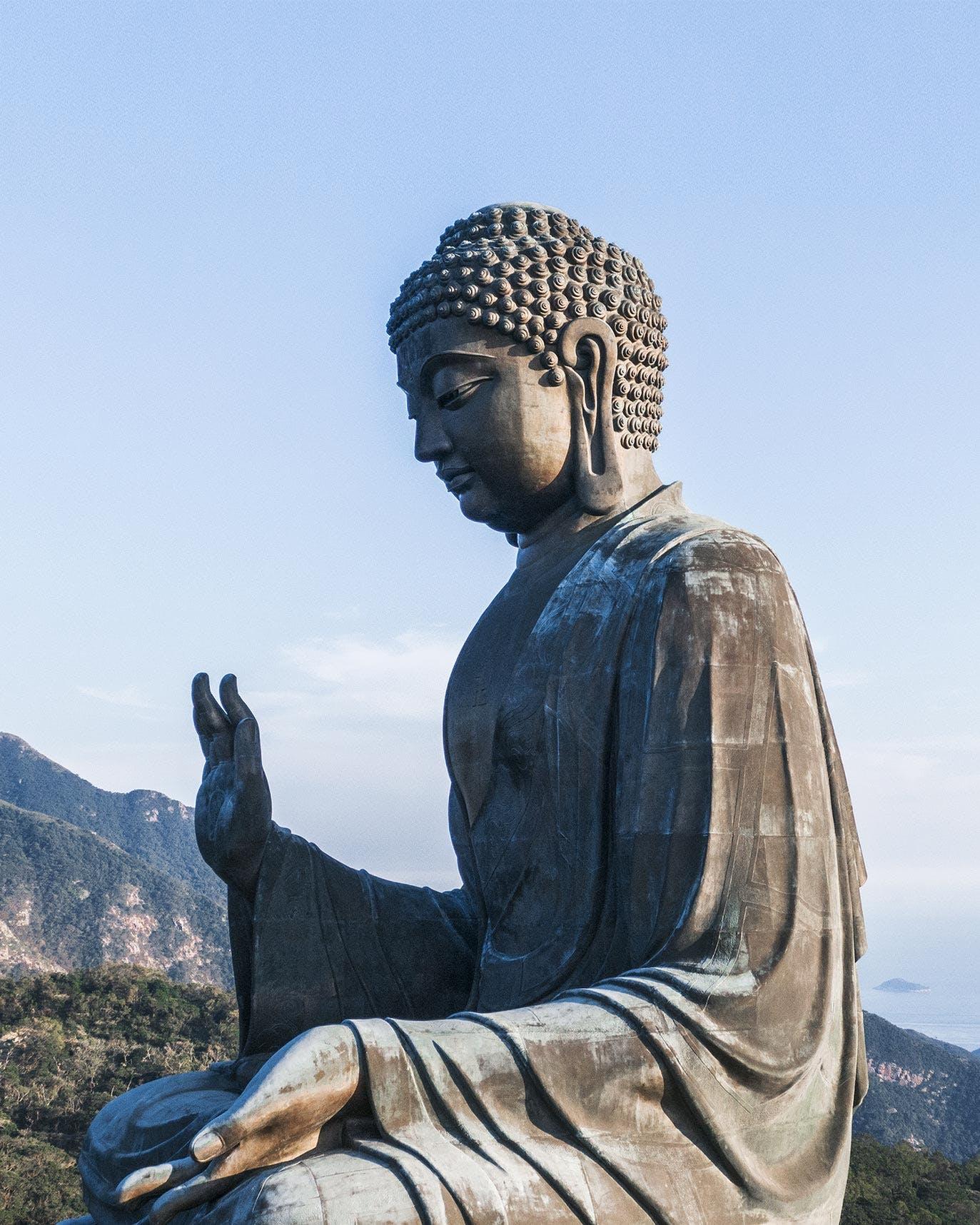 Side view of Tian Tan Buddha (Big Buddha)