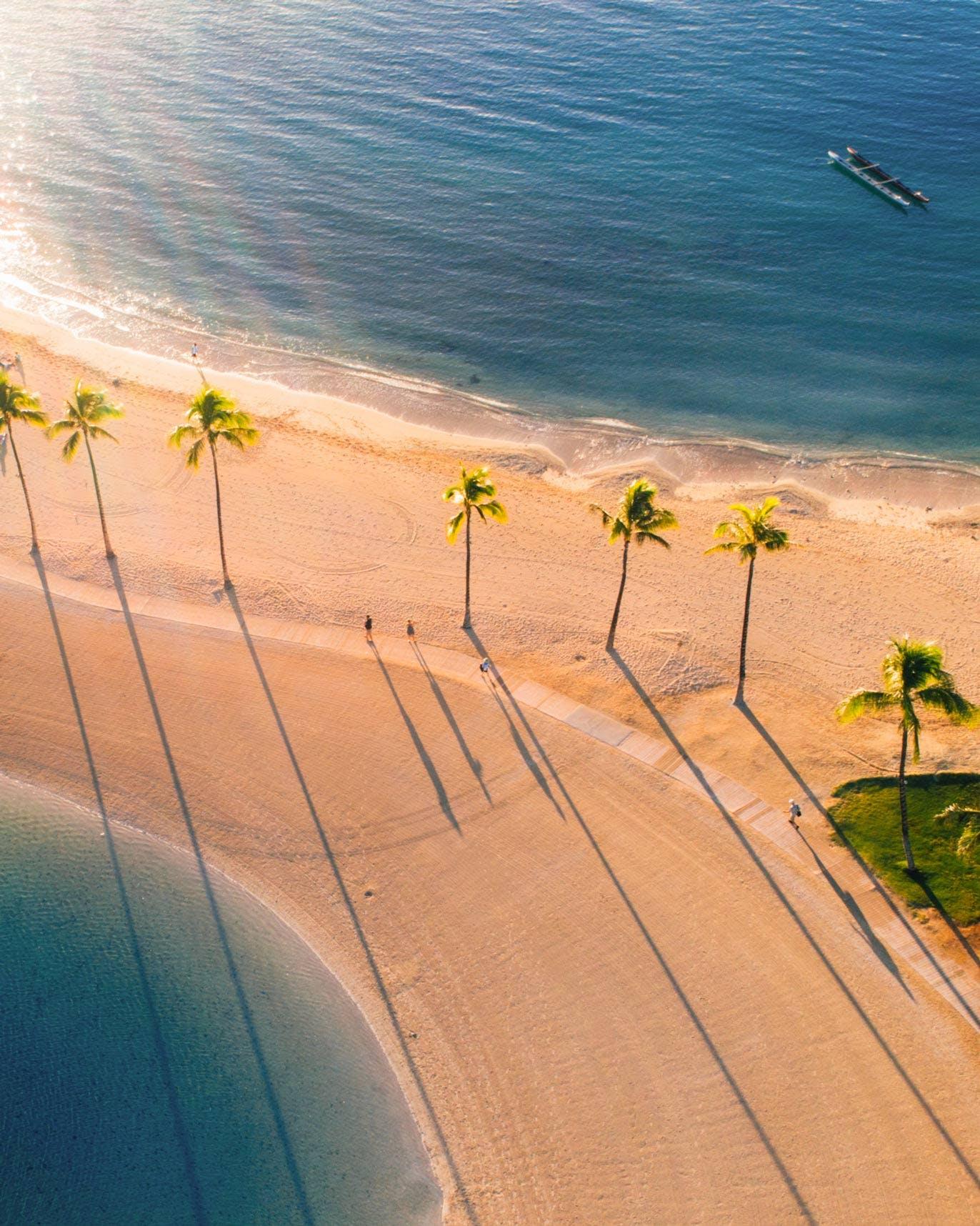 Hilton Lagoon, Duke Kahanamoku Lagoon Boardwalk & Kahanamoku Beach Angled Look Down