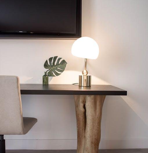 table desk interior design