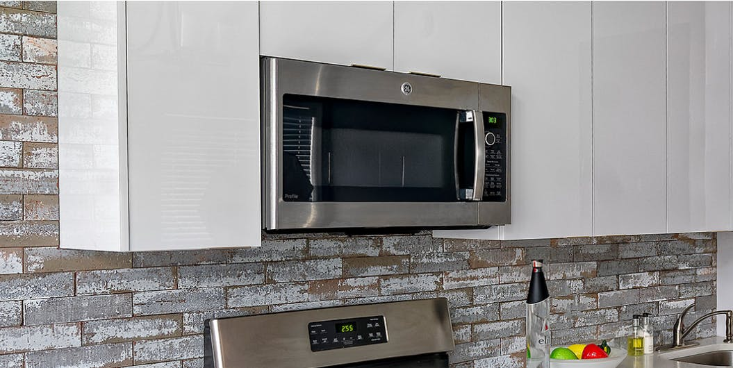 Advantages Of High Gloss Kitchen Cabinets