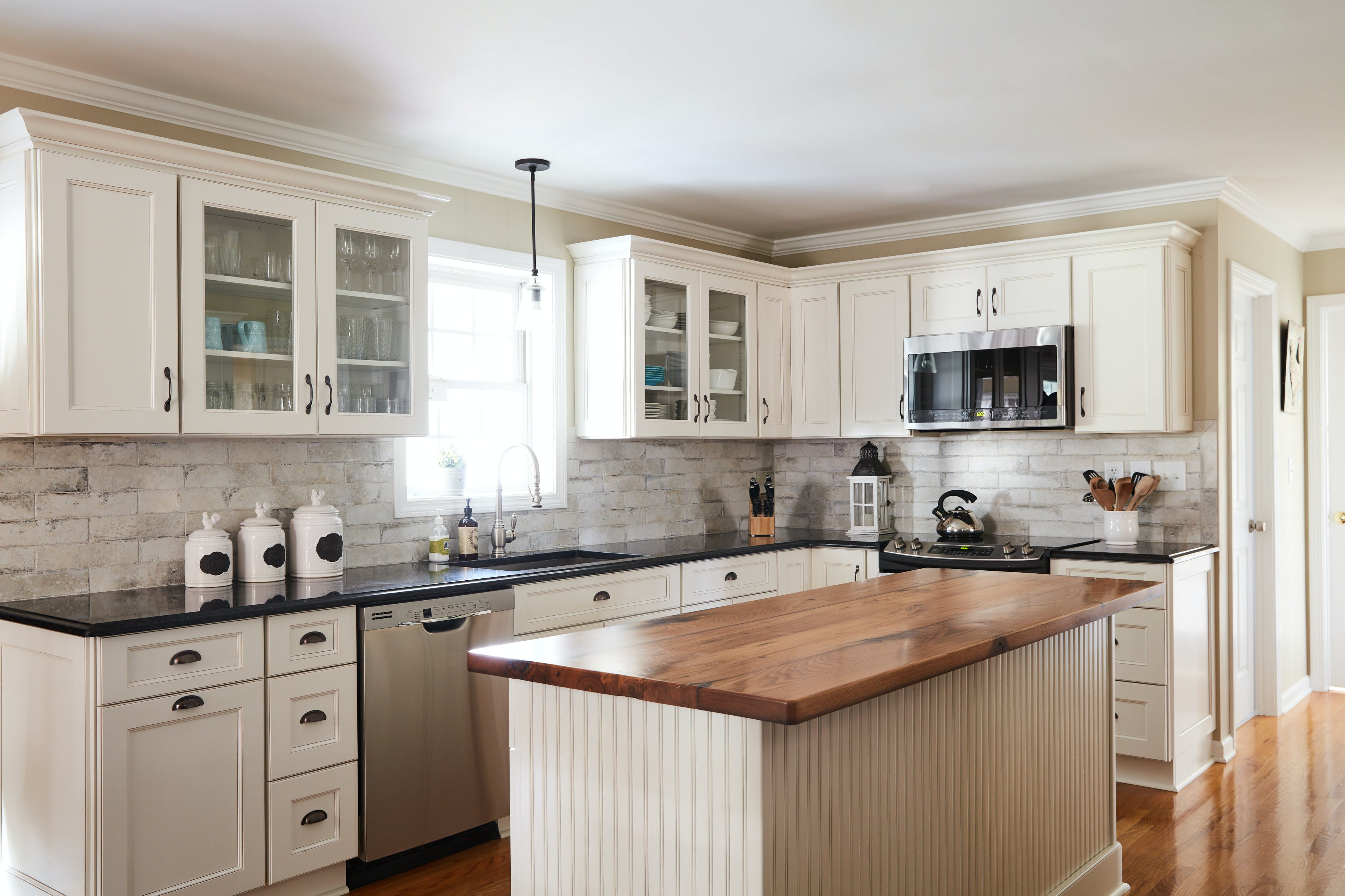 This Is How Long You Should Wait To Update Your Kitchen
