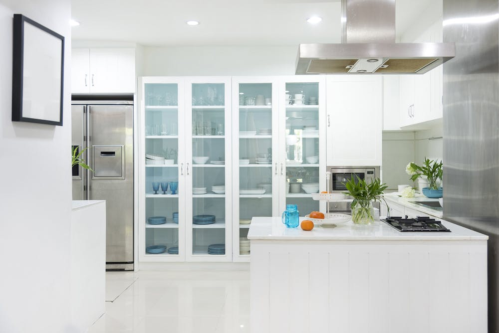 Designing Your Kitchen With Glass Fronted Cabinets
