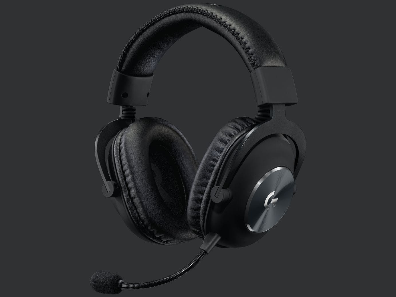 https://images.prismic.io/fanatical/b26d35ef6fe049af6c1994f0aa55455d767f40a7_pro-headset-gallery-1.png.imgw.1384.1038.jpeg?auto=compress,format