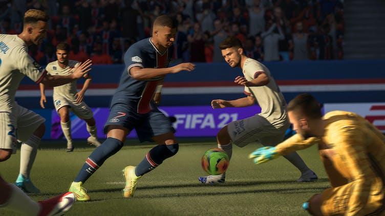 FIFA 21 Career Mode trailer showcases new Interactive Match Sim mode
