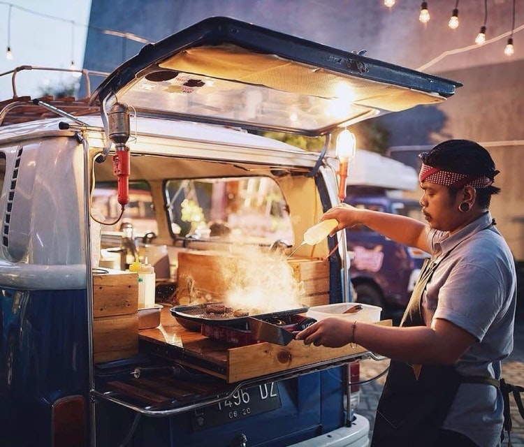 Mobile BBQ catering