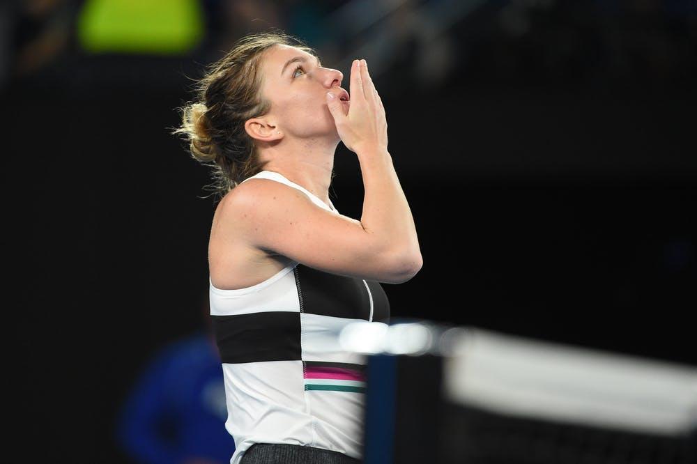 Simona Halep sending love to the sky during the 2019 Australian Open