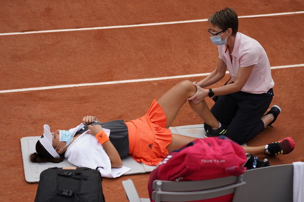 Elena-Gabriela Ruse, Roland-Garros 2020, kinésithérapeute