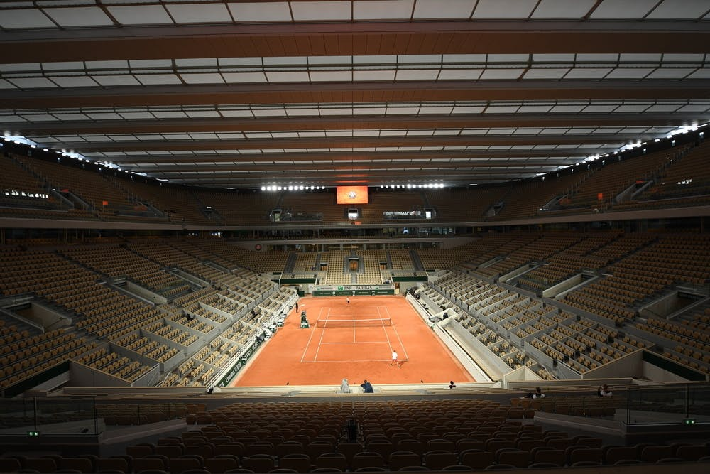 Court Philippe-Chatrier roof, Roland Garros 2020