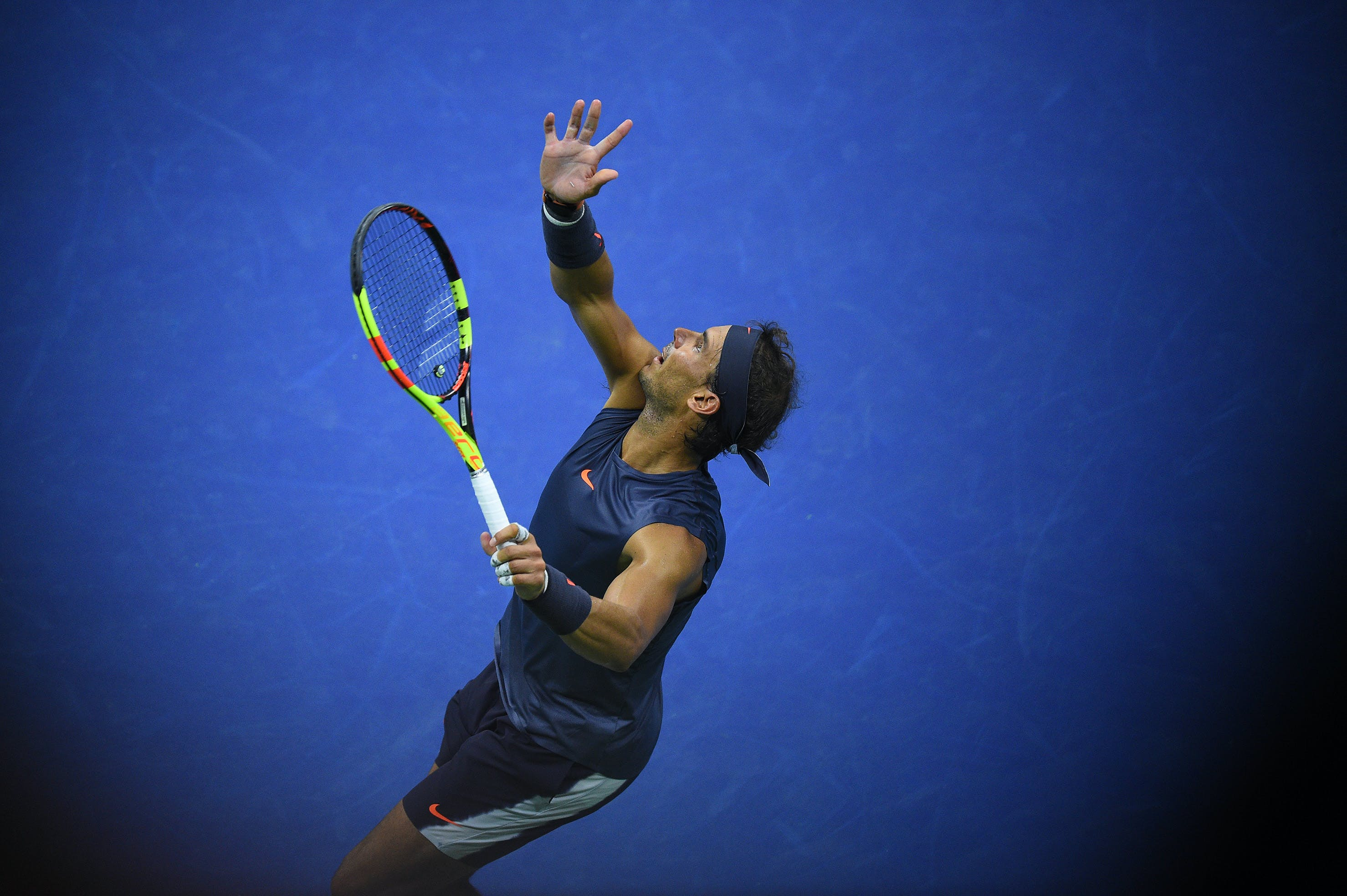 Rafael Nadal serving in the second round of the US Open 2018