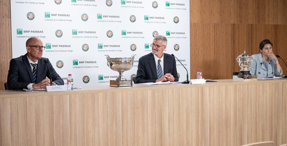 Guy Forget, Gilles Moretton, Amelie Oudea-Castera, Roland-Garros 2021