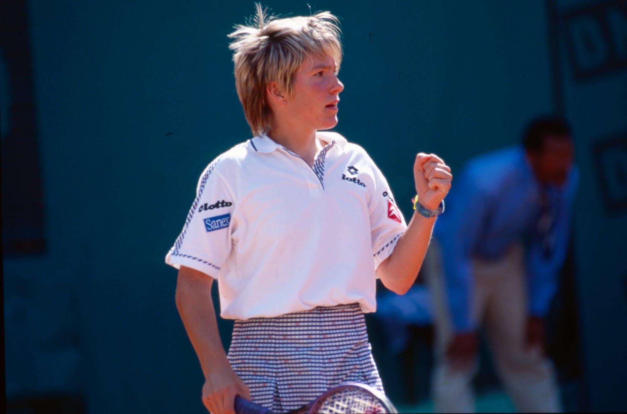 Justine Henin Roland-Garros girl's singles champ 1997 championne Roland-Garros junior.