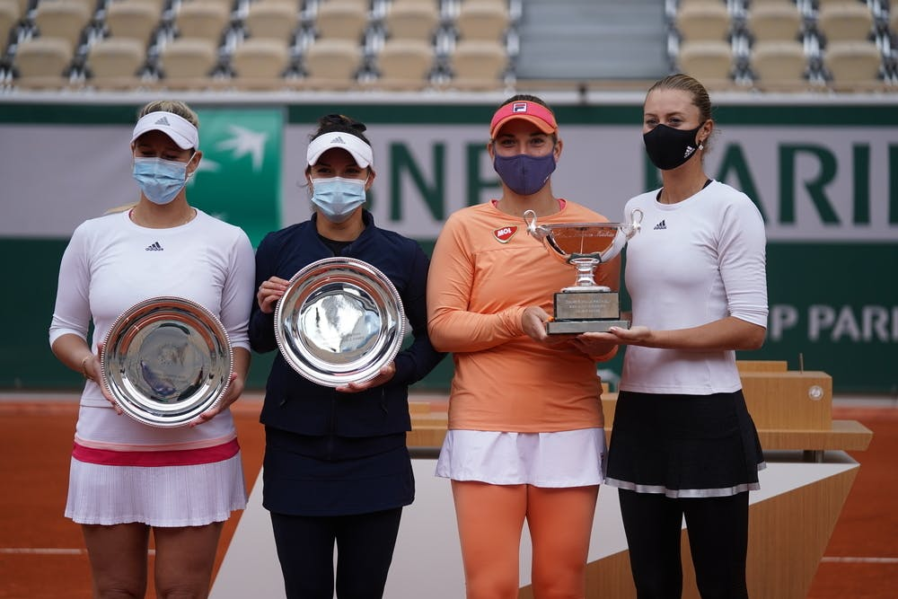 Desirae Krawczyk, Alexa Guarachi, Kristina Mladenovic, Timea Babos, Roland-Garros 2020, trophées, finale double féminin