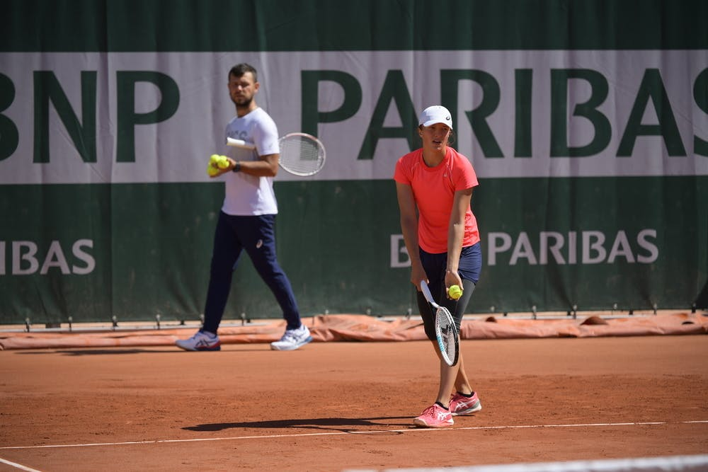 Iga Swiatek, Piotr Sierzputowski, Roland Garros 2021, practice