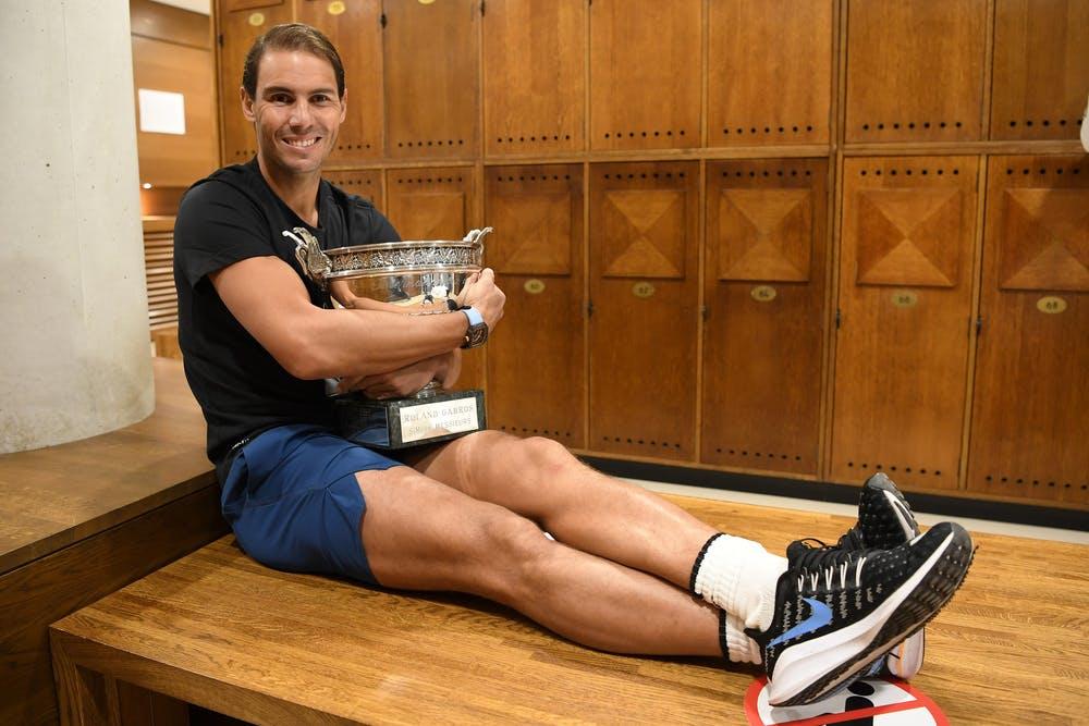 Rafael Nadal, Roland Garros 2020, locker room trophy shoot