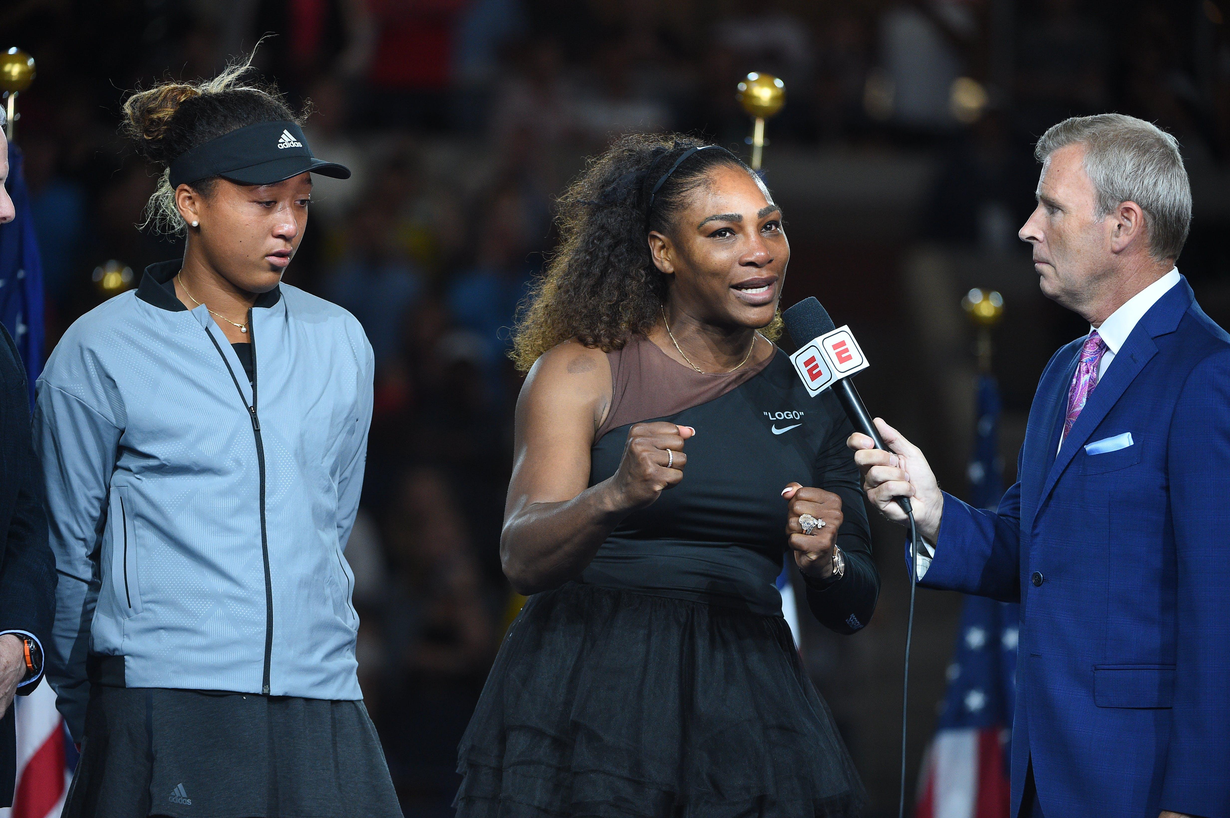 Serena talking during the trophy presentation US Open 2018