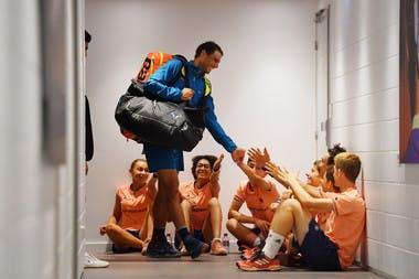 Rafael Nadal et les ramasseurs / ballboys Roland-Garros 2018