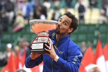 Fabio Fognini kisses the trophy at Rolex Monte-Carlo Masters 2019.
