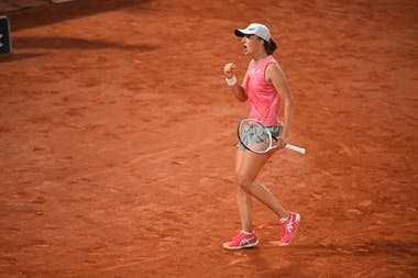 Iga Swiatek, Roland-Garros 2021, fourth round
