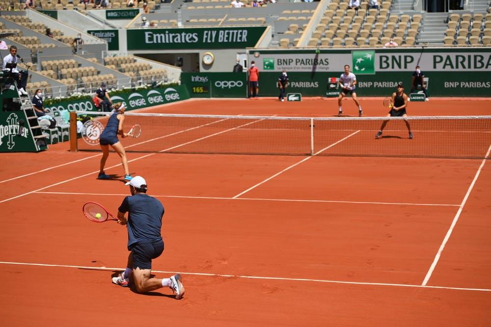 Karatsev, Vesnina, Salisbury, Krawcziek, mixed doubles final, Roland-Garros 2021