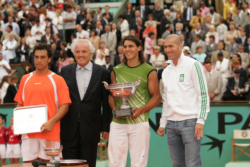 Rafael Nadal Roland Garros 2005 trophy photo