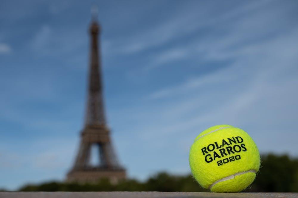 Tour Eiffel, balle de tennis, roland-garros