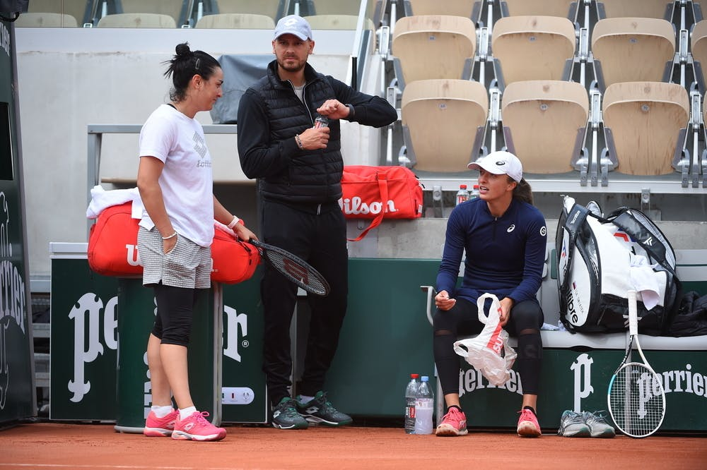 Ons Jabeur, Iga Swiatek, Karim Kamoun, Roland Garros 2021 practice