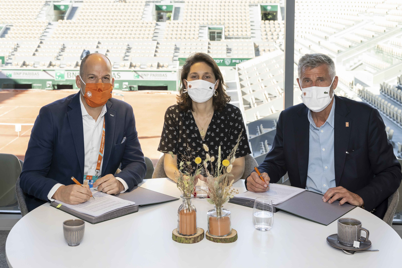 Andrew Georgiou, President, Eurosport and Global Sports Rights & Sports Marketing Services, Amélie Oudéa-Castéra and Gilles Moretton Roland-Garros 2021