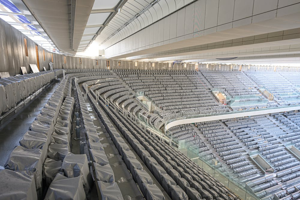 Covered Seats under the Philippe-Chatrier court's roof.