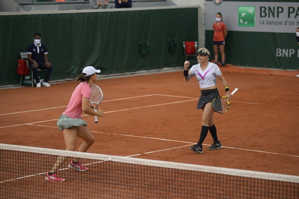Iga Swiatek, Bethanie Mattek-Sands, Roland-Garros 2021, women's doubles, second round