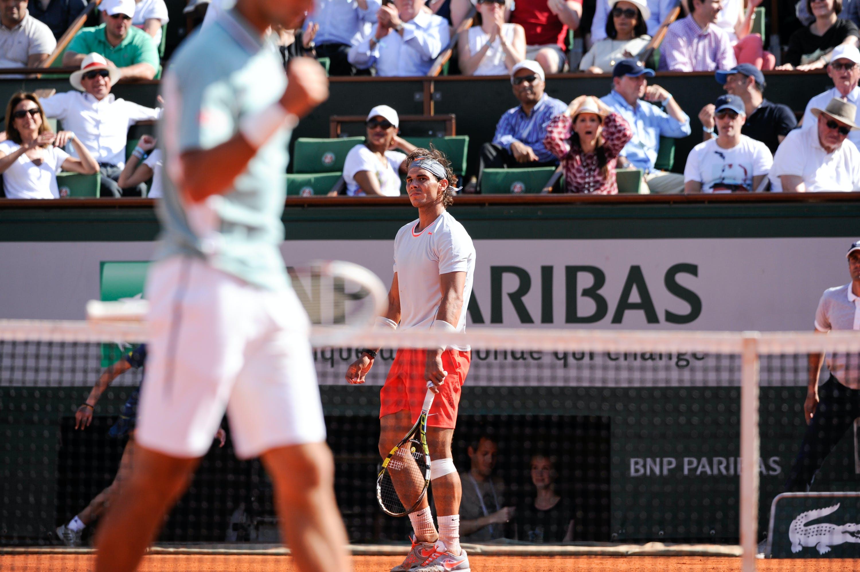 Nadal & Djokovic during the semi-final at Roland-Garros 2013