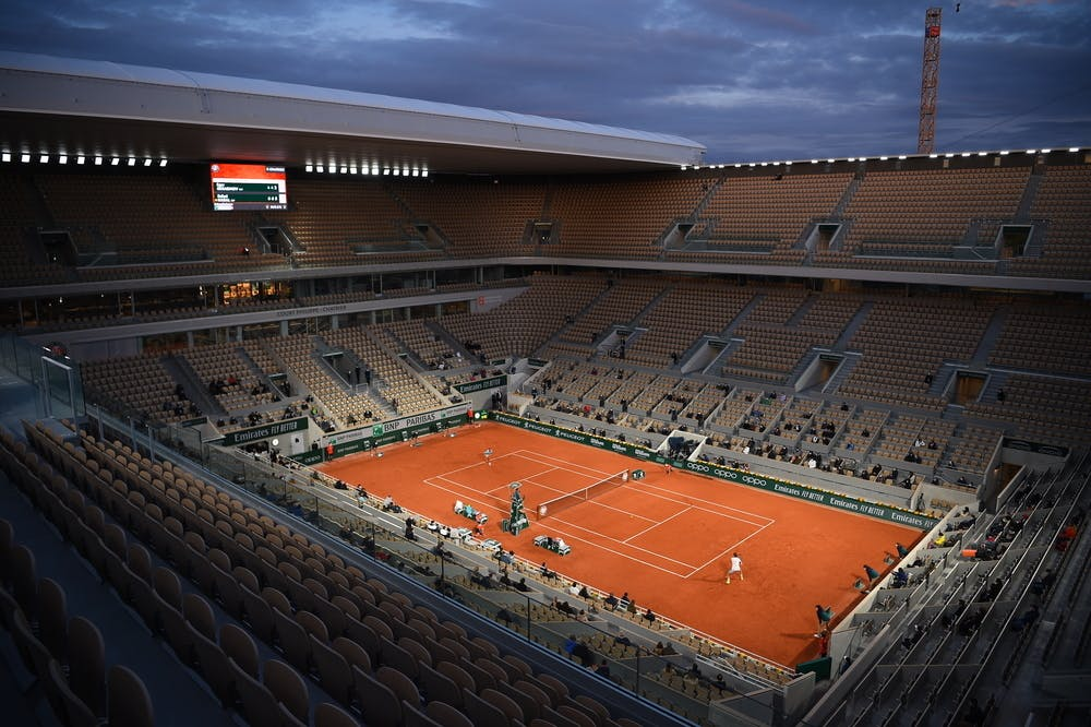 Roland-Garros, Court Philippe-Chatrier, nuit